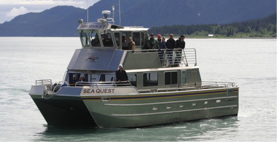 observation-deck-on-seward-alaska-fishing-charter