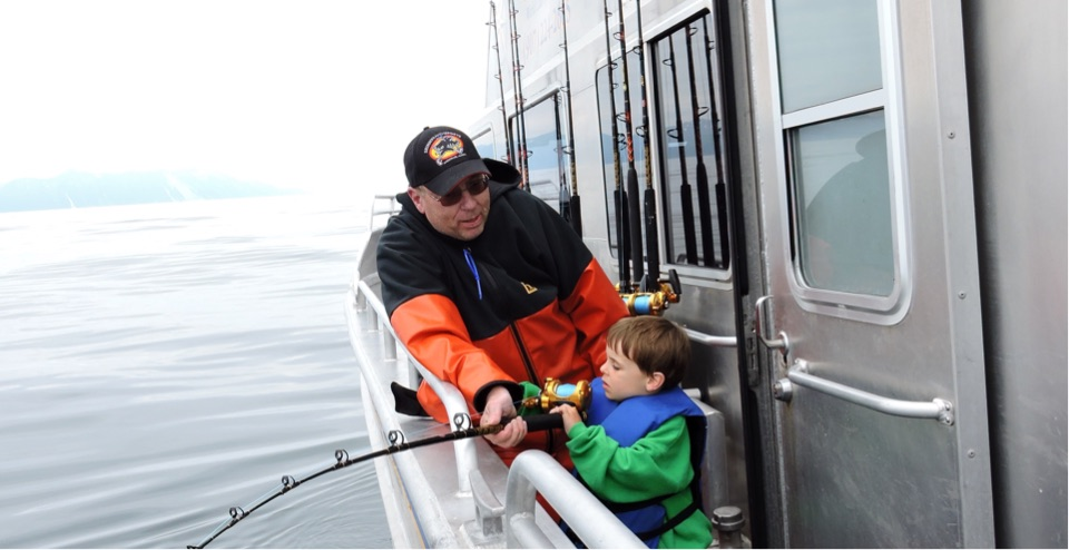 seward-alaska-fishing-charter-catamaran